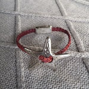 Bracelet leather with silver color metal starfish